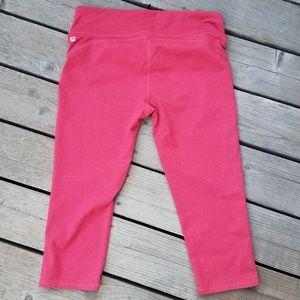 Fabletics | Capri Cropped Workout Pants Salmon